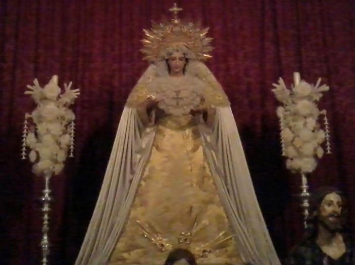 Archivo:Mª Stma. Victoria Granada igl S.Domingo.jpg