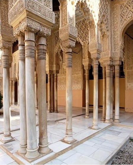 La alhambra granadapedia - Columna de marmol ...