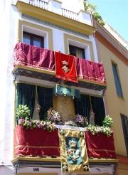 Altares Y Balcones En El Corpus De Triana Sevilla