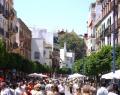 Calle San Jacinto Sevilla Corpus.jpg