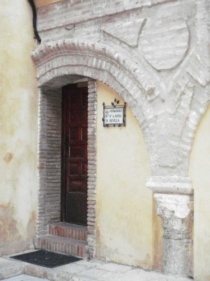 Archivo:Casa Hdad Rocío (Salvador, Sevilla).jpg