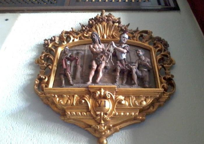 Archivo:Estación Vïa Crucis Capilla Estrella Sevilla.jpg