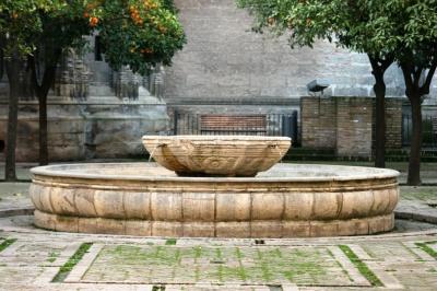 Patio de los naranjos de la catedral sevilla sevillapedia - Fuentes de patio ...