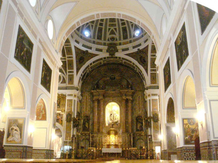Archivo:Interior Sto Ángel (Sevilla).jpg