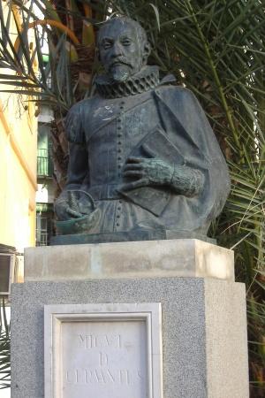 Resultado de imagen de monumento cervantes sevilla