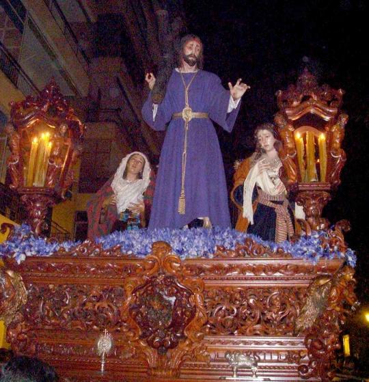 Archivo:Nazareno Misión (Sevilla).jpg