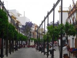 Plaza de espa a los palacios y villafranca sevillapedia - Casas en los palacios y villafranca ...